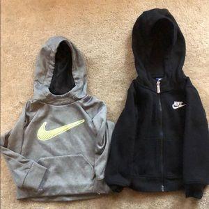 Boys toddler Nike sweatshirts size 2T!